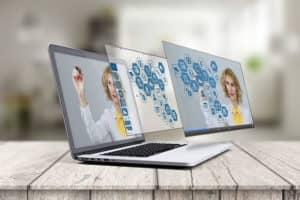 laptop 2411303 640 300x200 - 10 avantages pour une entreprise d'avoir son propre site web